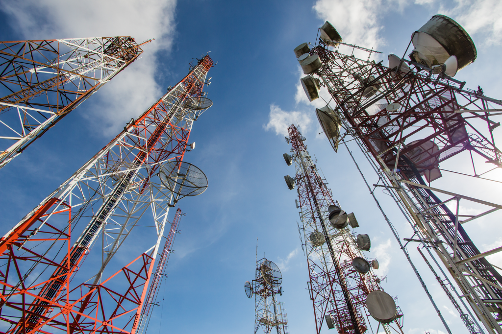 Angola : Pour 120 millions de dollars, Telstar obtient sa licence d'opérateur télécoms – Digital Business Africa